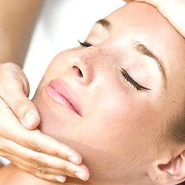 Hovita Hydrating Facial